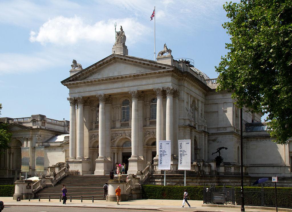 Magyar tagok a Tate Gallery támogató testületében