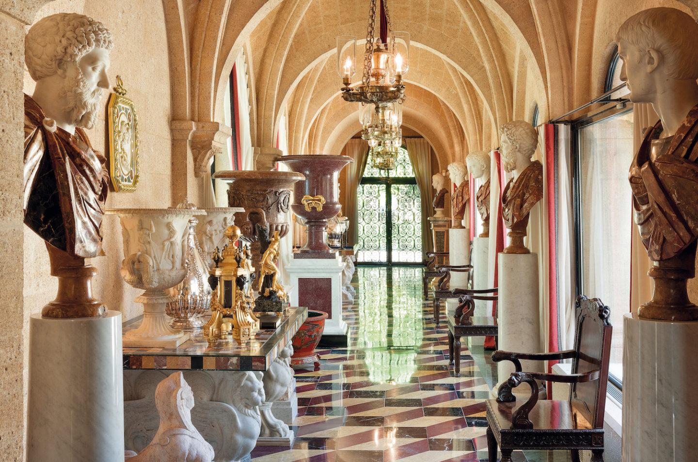 A Sotheby's és a Christie's is árverezi a magyar ingatlanmilliárdos gyűjteményét