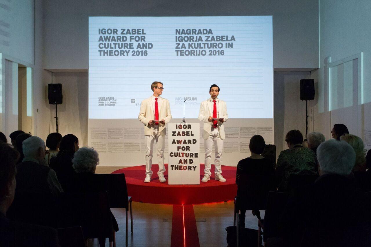 Komoly nemzetközi díj az OFF-Biennále Budapestnek