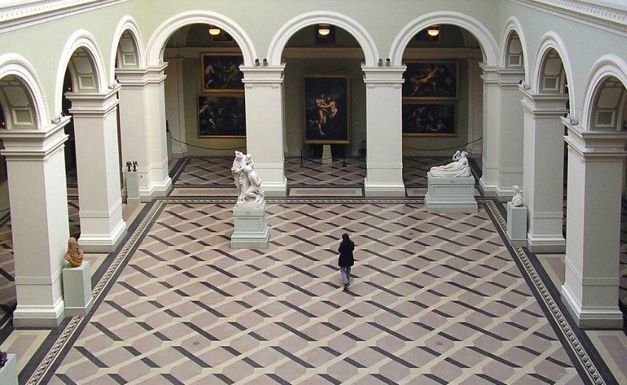 A közösből a ködösbe.  A múzeumi törvény új módosítása
