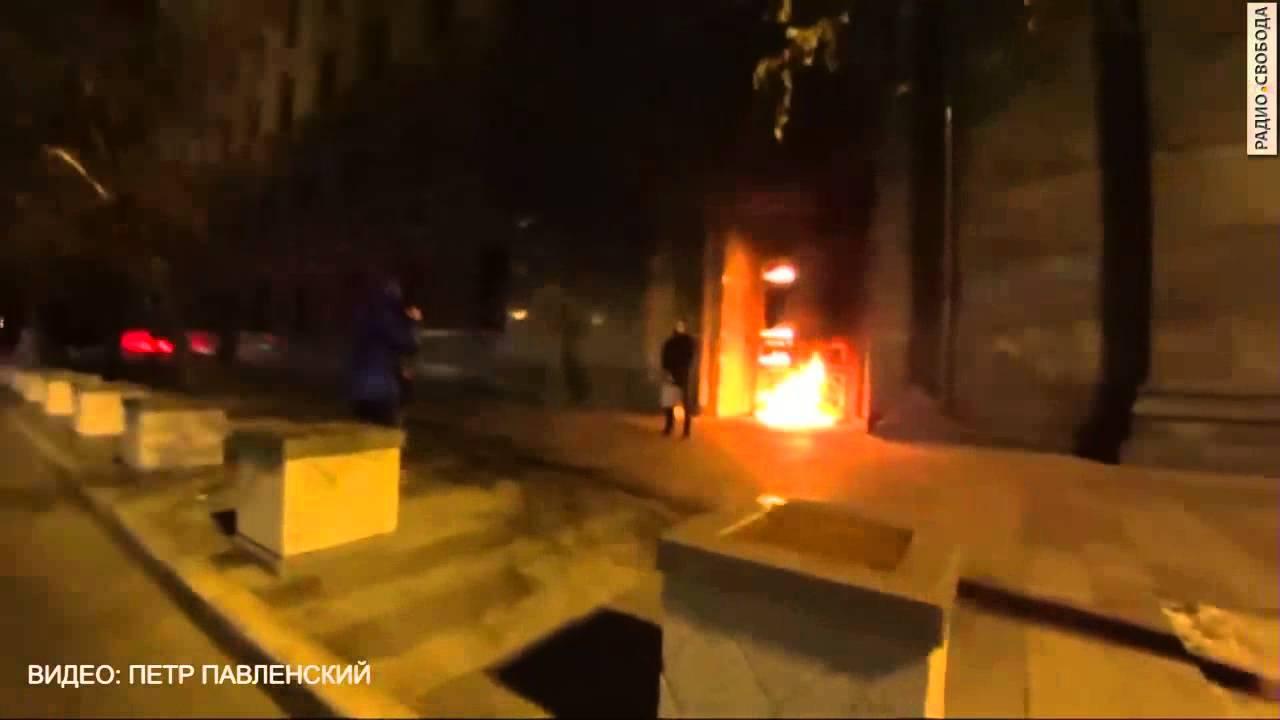 Pavlenszkij új akciója: felgyújtotta az orosz titkosszolgálat kapuját