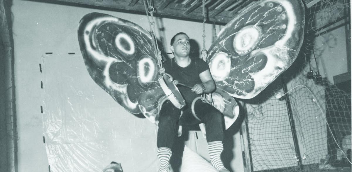 Erőss Jánoss. Válogatás a 80-as évek performanszaiból