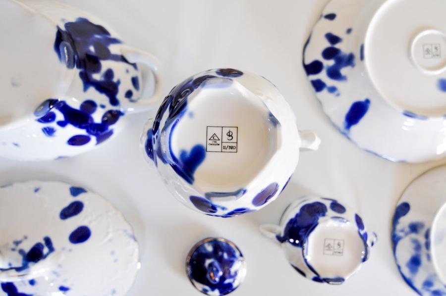 Emberek a porcelángyárból