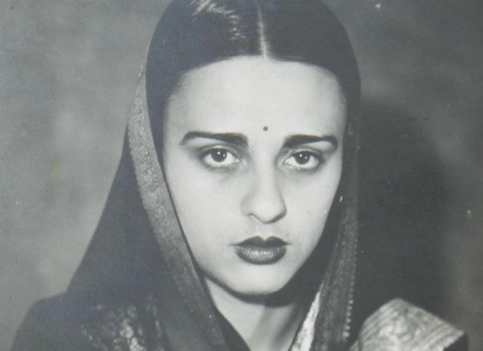 Új aukciós rekordot érhet el a legismertebb magyar-indiai képzőművész